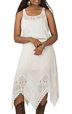 Wrangler Women's White With Lace Neckline Sleevless Dress