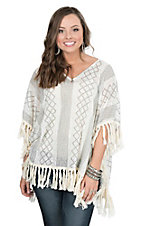 Wrangler Women's Cream and Grey Geometric Print with Crochet Tassels 1/2 Sleeve Fashion Top