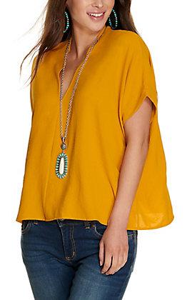 Newbury Kustom Women's Mustard V-Neck Short Sleeve Fashion Top