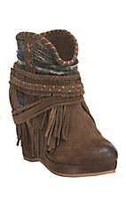 Women's Tan with Side Fringe Scrunched Southwest Print Upper Wedge Bootie