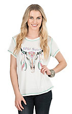 Pink Cattlelac Women's Cream with Wild Spirit Skull Short Sleeve Casual Knit Top