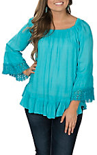 Pink Cattlelac Women's Turquoise Crinkle with Lace Fashion Shirt