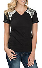 Pink Cattlelac Women's Black and White Embroidered Yoke Casual Knit Shirt