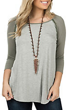 Honeyme Women's Grey and Olive 3/4 Sleeve Frayed Casual Knit Shirt