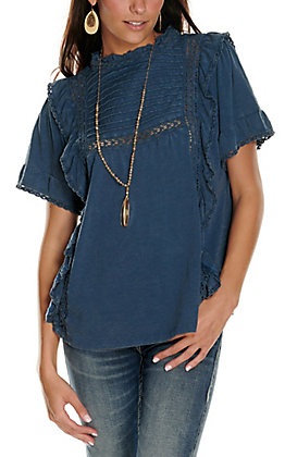 Rockin' C Women's Distressed Navy with Tucking and Lace Short Sleeve Casual Knit Top