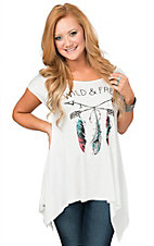 Mezzanine Women's White Wild & Free with Feathered Arrows Short Sleeve Swing Tee
