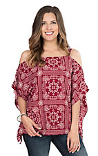 Fantastic Fawn Women's Burgundy Bandana Print Cold Shoulder Fashion Top