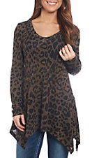 R. Rouge Women's Brown Leopard Print V-Neck Fashion Shirt