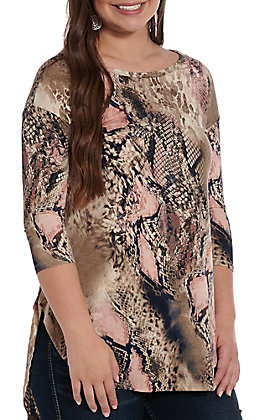 Honeyme Women's Beige And Coral Snake Print 3/4 Sleeve Fashion Top