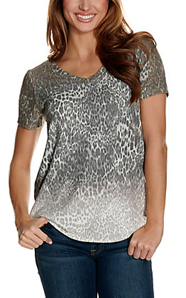 Another Love Women's Faded Leopard V-Neck Short Sleeve Tee
