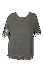 Umgee Women's Washed Olive With Crochet 3/4 Sleeve Casual Knit Tee - Plus Sizes