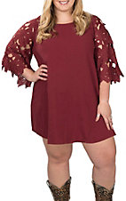 Umgee Women's Wine with Lace 3/4 Sleeves Dress - Plus Size