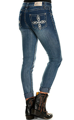 Rockin' C Women's Medium Wash Diamond Cross Easy Fit Skinny Leg Jeans