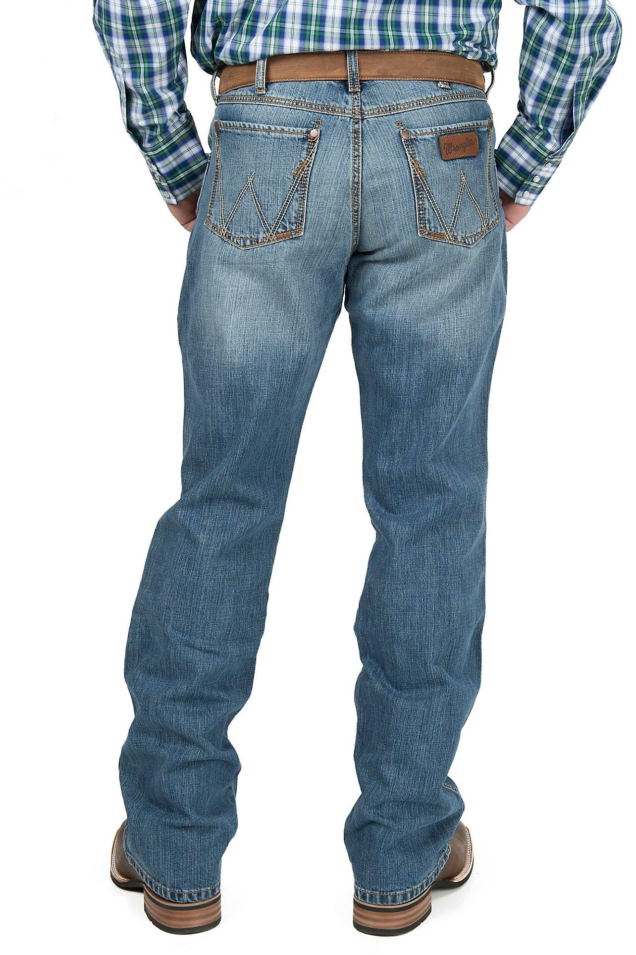 Shop Men's Wrangler Retro Jeans | Free Shipping $50  | at Cavender's