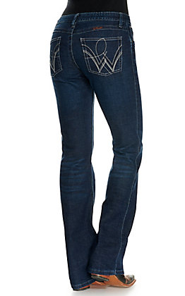 Wrangler Women's Q-Baby Ultimate Riding Boot Scootin Medium Wash Slim Fit Boot Cut Jeans